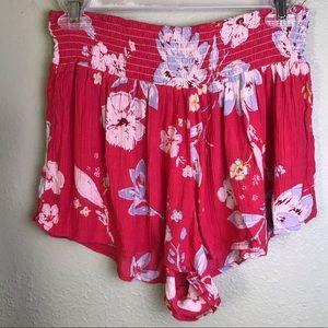 Billabong Pink Floral Shorts Size M